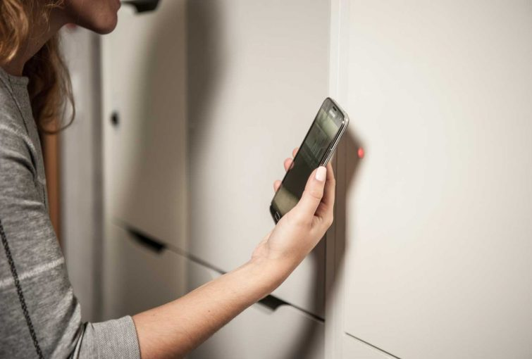 Smart phones can enable the lockers